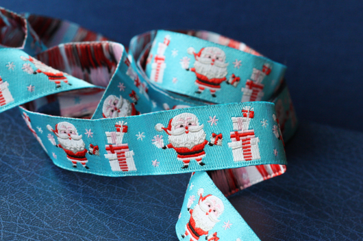 Retro Santa ribbon