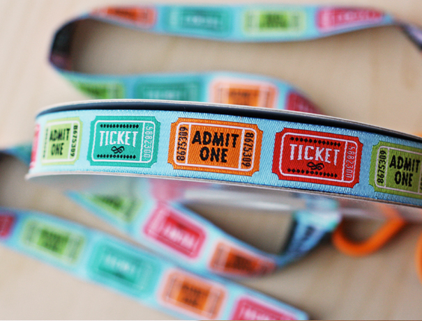 Jacquard ribbon with ticket design